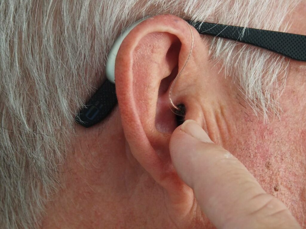 how to make headphones louder - keep them clean