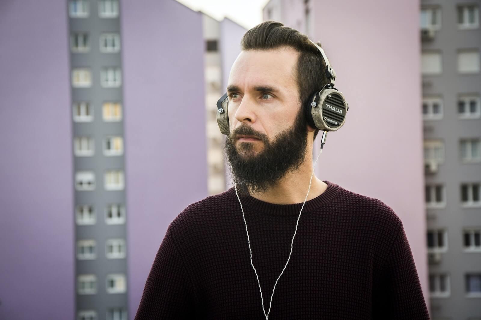 on-ear headphones pros cons