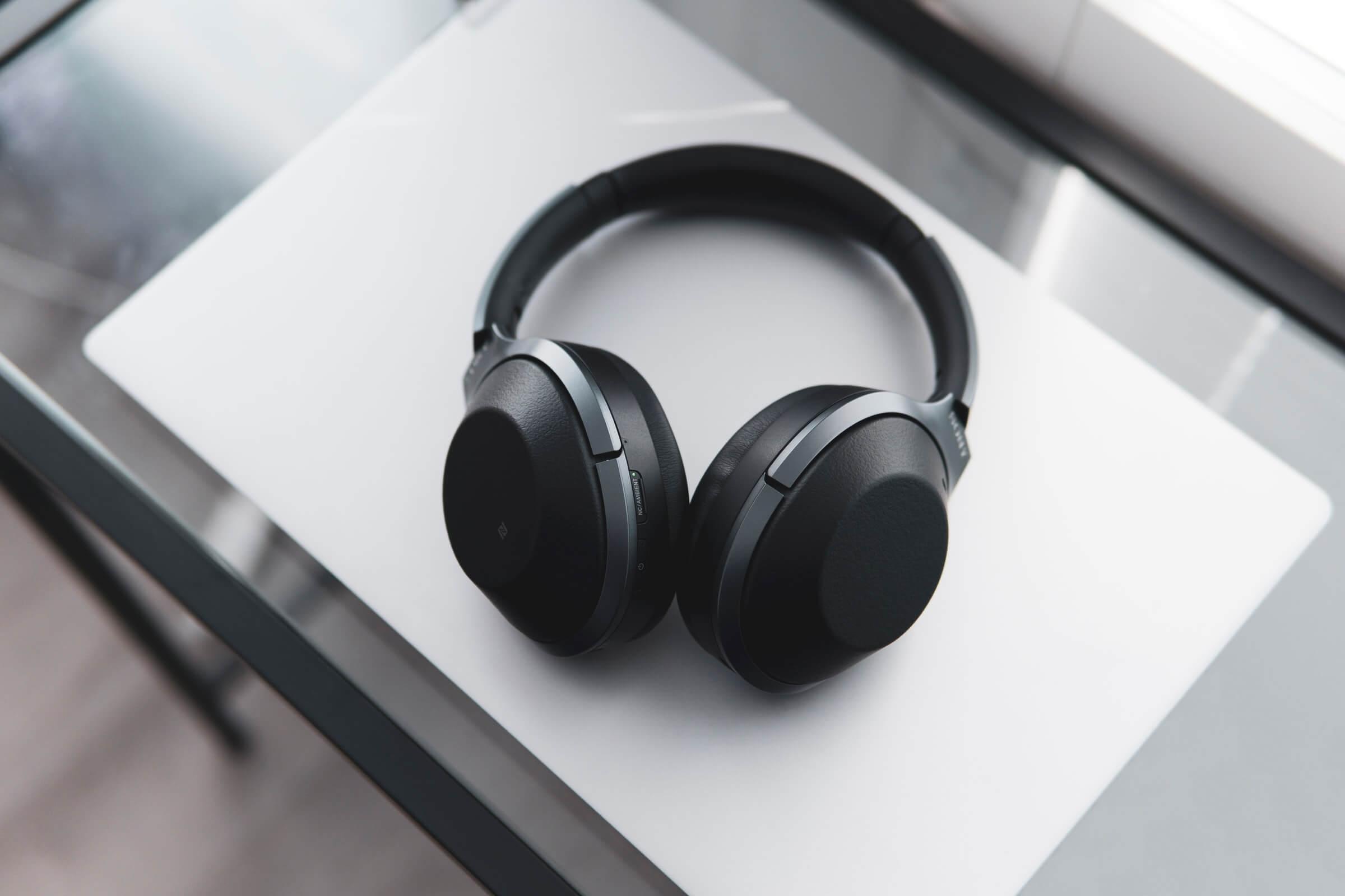 Best wireless headphones under 100