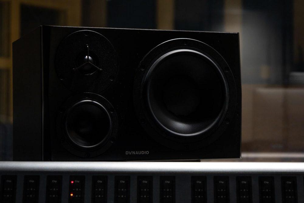 2 way vs 3 way speakers - 3 way audio