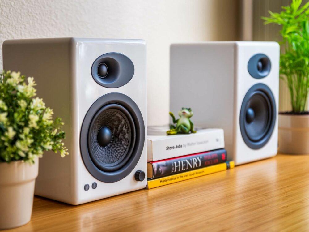 2 way vs 3 way speakers - bookshelf