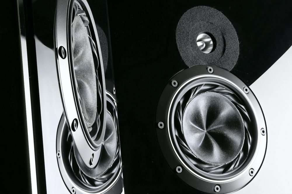 4 ohm vs 8 ohm speakers - which one is better
