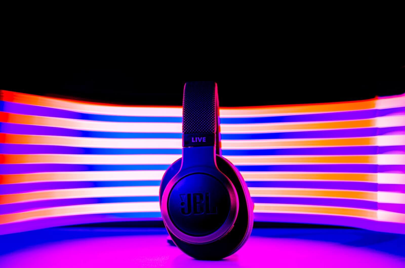 best headphone brands - jbl