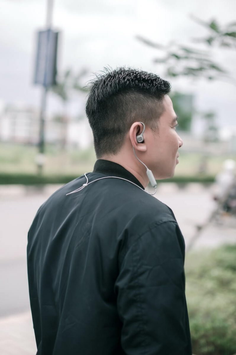 earbuds keep falling out - sport models